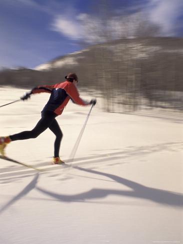 Woman Skiing Classic Nordic Style, Park City, Utah, USA Fotografie-Druck