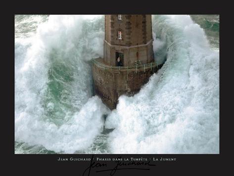 Leuchtturm und stürmische Wellen Kunstdruck