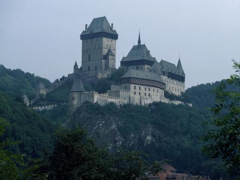 Karlstejn Castle or Karlstein, Czech Republic Giclée-Druck