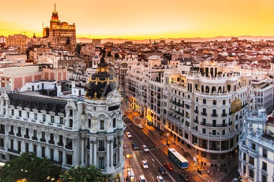 Panoramic View Of Gran Via, Madrid, Spain Kunstdruck von kasto bei ...
