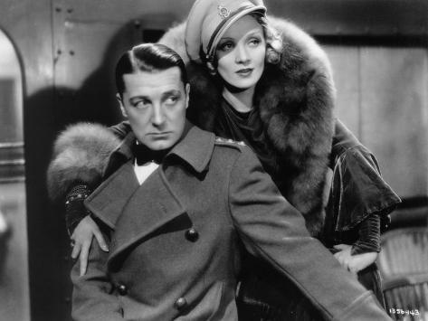 Marlène Dietrich and Clive Brook: Shanghai Express, 1932 Fotografie-Druck
