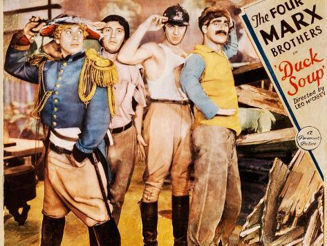 Marx Brothers im Krieg, Die Kunstdruck