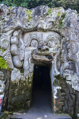 entrance gate to the goa gajah temple complex bali indonesia southeast asia asia fotografie. Black Bedroom Furniture Sets. Home Design Ideas
