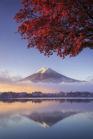 Japan, Fuji - Hakone - Izu National Park, Mt Fuji and Kawaguchi Ko Lake Fotografie-Druck