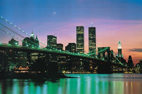 New York bei Nacht Bedruckte aufgespannte Leinwand bei AllPosters.de