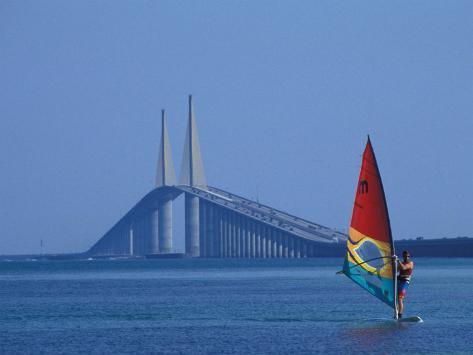 Sunshine Skyway and Windsurfer, Tampa Bay, Florida, USA Fotografie-Druck