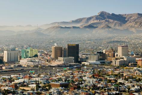 Panoramic view of skyline and downtown El Paso Texas looking toward Juarez, Mexico Fotografie-Druck