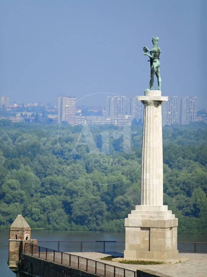 Statue of Pobednik, Kalemegdan, Belgrade, Serbia Fotografie-Druck ...