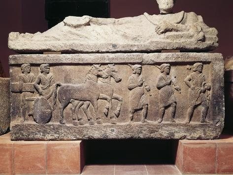 Sarcophagus Depicting Court Scenes, from Tuscania, Lazio Region, Left, Magistrate on Chariot Giclée-Druck