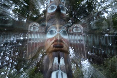 USA, Alaska, Ketchikan, Totem Bight State Historical Park Fotografie-Druck