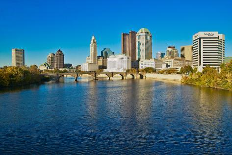 Scioto River and Columbus Ohio skyline in autumn Fotografie-Druck