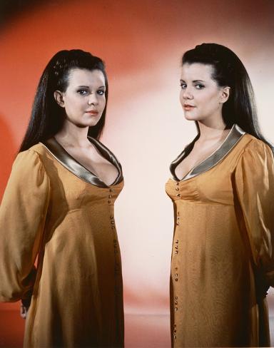 Twins of Evil Foto