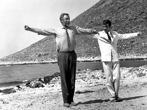 Zorba the Greek, Anthony Quinn, Alan Bates, 1964 Foto