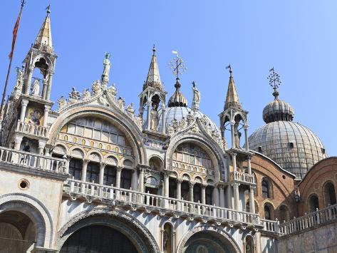 St. Mark's Basilica, Venice, UNESCO World Heritage Site, Veneto, Italy, Europe 写真プリント