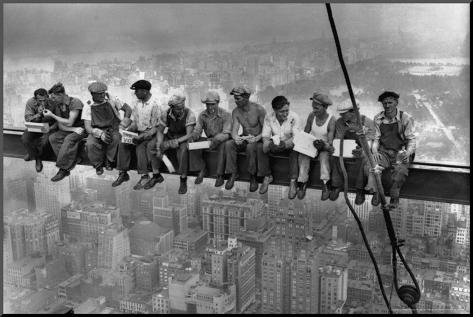 Lunch Atop a Skyscraper, c.1932 パネルプリント