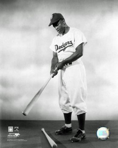 1948 Jackie Robinson Pose With Bat Photo