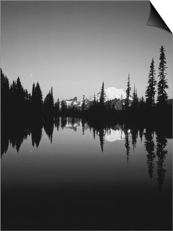 Upper Tipsoo Lake, Mount Rainier National Park, Washington ...