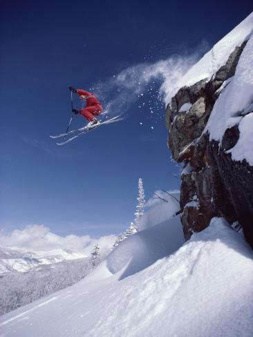 Airborne Skier in Red Lámina fotográfica