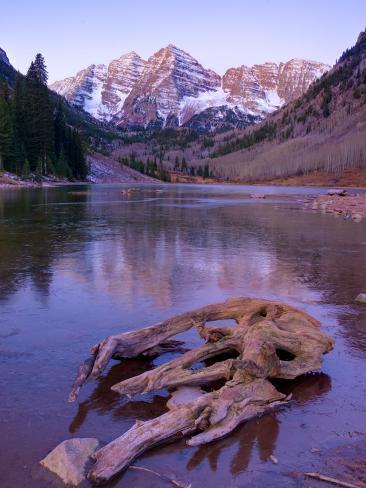 Colorado, Maroon Bells Mountain Reflected in Maroon Lake, USA Photographic Print