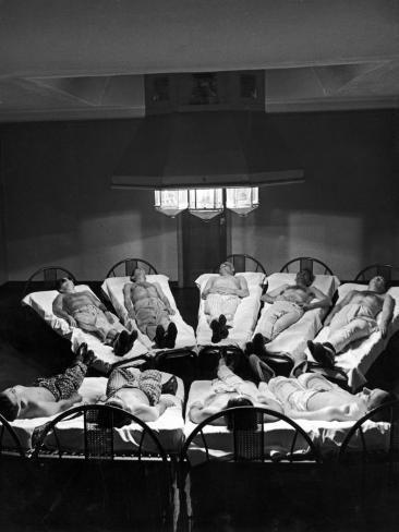 9 Male Tuberculosis Patients Soak Up UV Rays from Carbon-Arc Lamps, Will Rogers Memorial Hospital Photographic Print