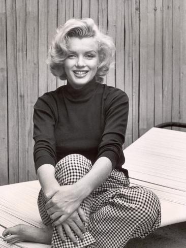 Portrait of Marilyn Monroe at Home Premium Photographic Print