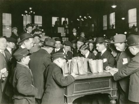 Trading at the Cash Tables Wheat Pit, Chicago, 1931 Photographic Print
