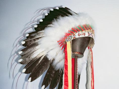 Tribal Headdress, Sioux Tribe (Textile and Feathers) Stampa giclée