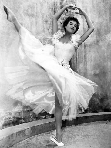 An American in Paris, Leslie Caron, 1951 Photo