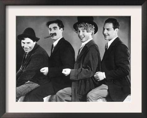 Animal Crackers, Chico Marx, Groucho Marx, Harpo Marx, Zeppo Marx, 1930 Impressão artística emoldurada