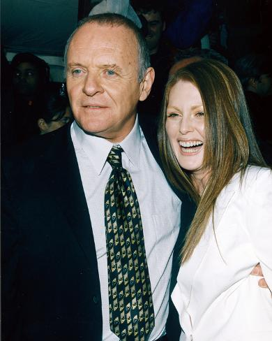 Anthony Hopkins & Julianne Moore Photo