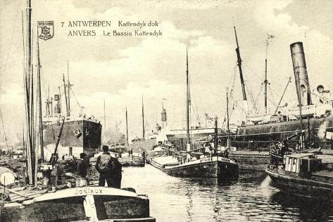 Antwerpen, Kattendyk Dok, Bassin Kattendyk Giclee Print