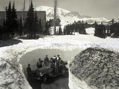 Road Through Snow, Near Paradise Inn, 1921 Giclee Print