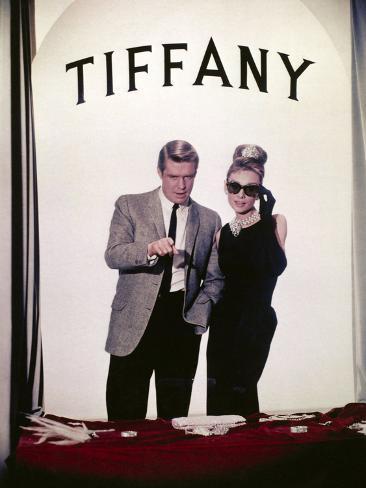 Audrey Hepburn, George Peppard.