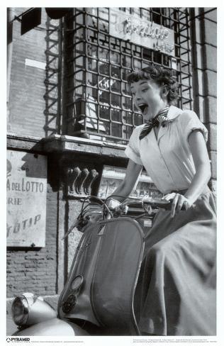 Audrey Hepburn - Vespa Masterprint