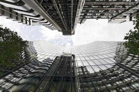 Modern Architecture, Lloyd'S, Lloyds Building, Tower by Architect Richard Rogers, London Photographic Print