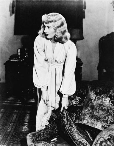 Barbara Stanwyck Photo