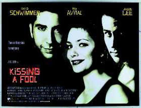 Bésame tonto|Kissing A Fool Póster original