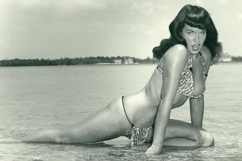 Bettie Page Summer Sun Bettie Pin-Up by Retro-A-Go-Go Plastic Sign Plastic Sign