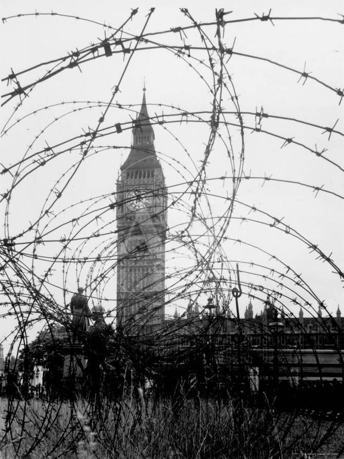 Big Ben and Houses of Parliament Behind Webbing of Barbed Wire ...