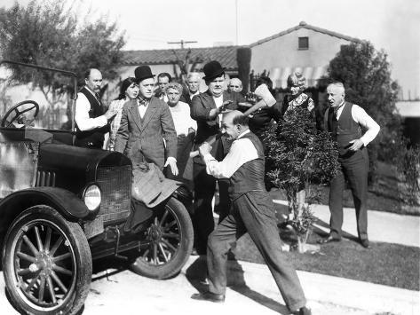 Big Business, Stan Laurel, Oliver Hardy, James Finlayson, 1929 Photo