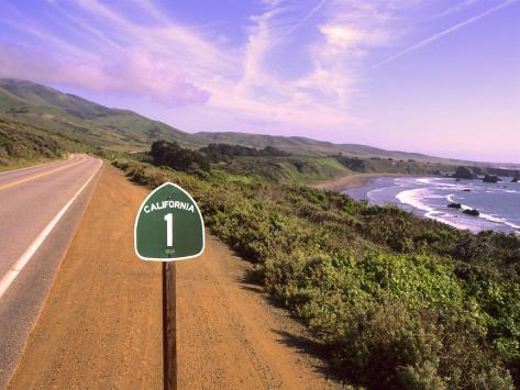 Pacific Coast Highway, California Route 1 near Big Sur, California, USA Photographic Print