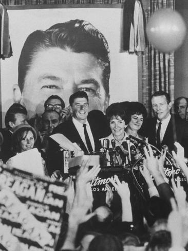 Gov. Ronald Reagan and Wife and Lt. Gov. Robert Finch and Wife at Election Victory Party Photographic Print