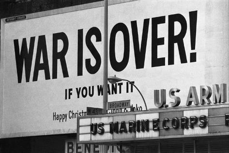 Billboard in times Square, War is Over! Valokuvavedos