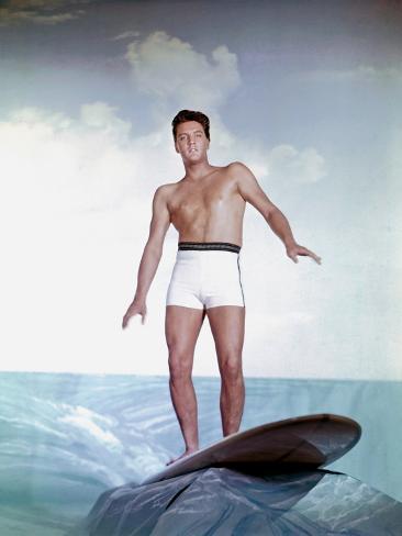 Blue Hawaii, Elvis Presley, Directed by Norman Taurog, 1961 Photo