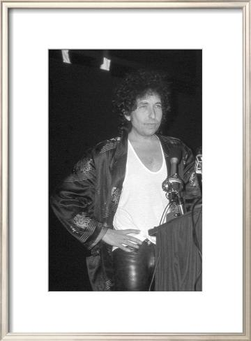 Bob Dylan at Podium Framed Art Print