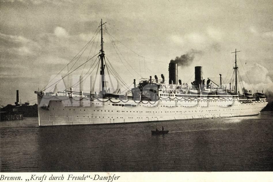 Bremen Dampfer Kraft Durch Freude Dampfschiff Giclee Print At