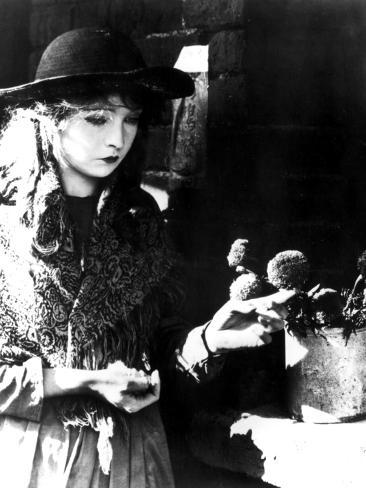 Broken Blossoms, Lillian Gish, 1919 Photo