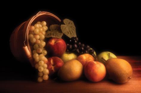 Basket of Fruit Impressão fotográfica