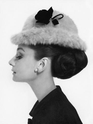 Vogue august 1964 audrey hepburn in fur hat l mina - Laminas audrey hepburn ...