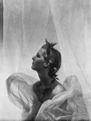 Vogue - November 1935 - Lady Mary Bridget Parsons Premium Photographic Print